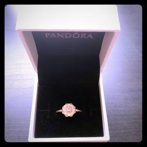 PANDORA SS flower ring; size 56